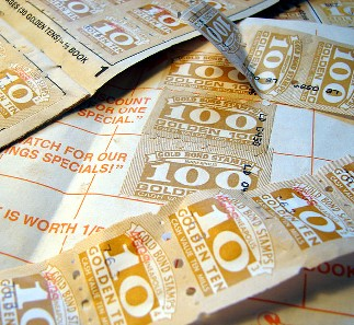 800px-Gold_bond_stamps.jpg